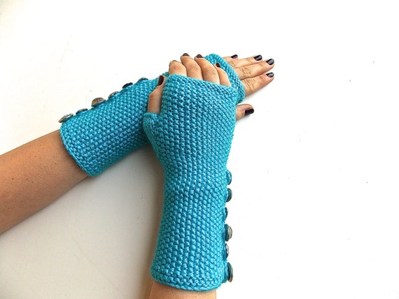 Valentine's Turquoise Fingerless Gloves, Knitted Wrist Warmers, Mittens. Heart & Assorted Vintage Buttons