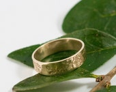 Gold Botanical Wedding Band: A large 5mm wide 9k gold wedding band