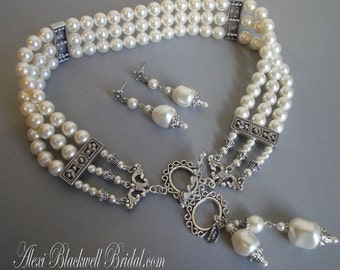 Complete Jewelry Set Necklace Bracelet Earrings Victorian style 3 Strands Swarovski pearls wedding jewelry sets blackberry or cream ivory