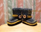 NEW Buggs Crochet Baby Short Boots in Charcoal Grey, Mustard, and Navy w/ Detachable Ankle Cords
