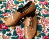 Honey Carmel Brown Oxford Loafers 9