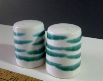 Gmundner Keramik Austria Vertigo Flame Green Salt and Pepper Shakers