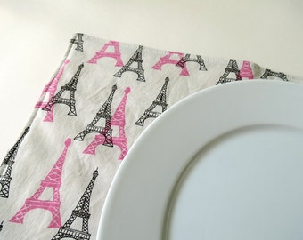 Pair of Reversible Placemats: Eiffel Tower in Parisian Pink and Chocolate