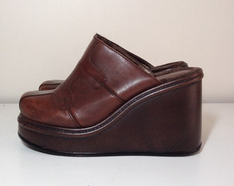 90s brown leather platform wedge slip on shoes size 8