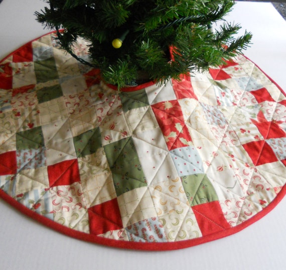 Sale small christmas tree skirt quilted by forgetmenotquilteds
