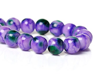 20 Mottled Glass Beads 8mm - Purple Beads with Green Accents  - BD747