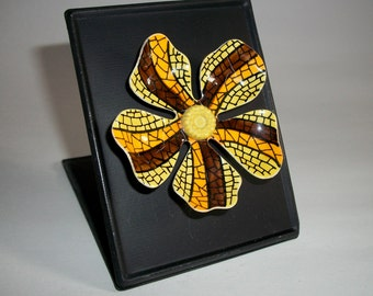 My RePurposed UpCycled Magnets From 1960s Flower Power Brooch Pins 34
