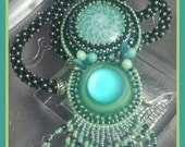MINT JULEP Bead Embroidery Necklace Pantone Lucite Green