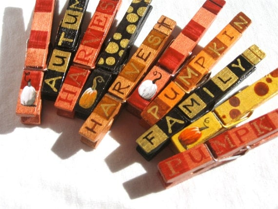 10 AUTUMN THANKSGIVING CLOTHESPINS magnetic hand painted