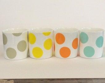 Medium Spot Mugs