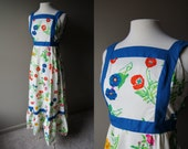 Vintage 70's MAXI Dress - Made in Hawaii - Apron Front - Floral Print - Small - Extra Small - S / XS