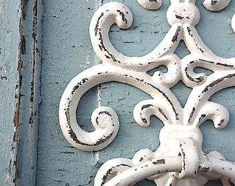 Old World ,Cast Iron Towel Holder, Shabby Chic White, Bathroom Decor  Distressed, Bathroom Fixture ,Scroll Cast Iron, Bathroom Accessories