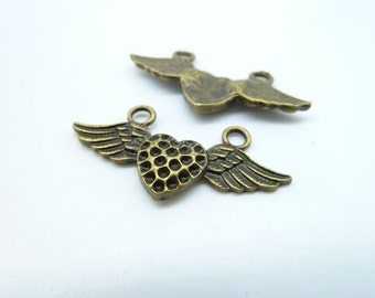 10pcs 16x33mm Antique Bronze Lovely Flying Heart With Wings Charms Pendant c3882