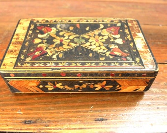 Vintage Decor.... Vintage Floral Jewelry Box, Home Decor, Orginization