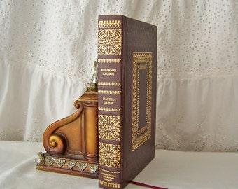 Vintage Robinson Crusoe Daniel Defoe Shipwrecked Classic Story International Collectors Library ca. 1945
