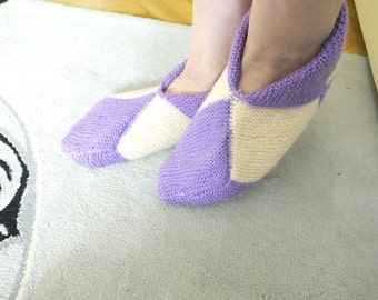 White  and Purple Knitting Woman Slippers..Room Shoes...Knitting  Pattern
