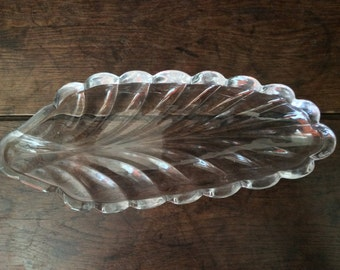 Vintage French Glass Leaf Serving Bowl Plate Dish Mints Sweets Fruit Trinket Jewellery circa 1960's / English Shop