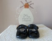 Vintage Baby Shoes - Mary Janes, Black Patent Baby Shoes, Wee Kids Shoes, Made in USA, 50 to 75 Years Old, Baby Photo, Doll Collectors