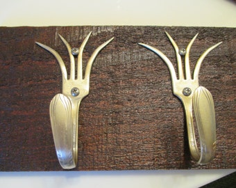 Vintage Old Barn Wood Recycled Wall Rack