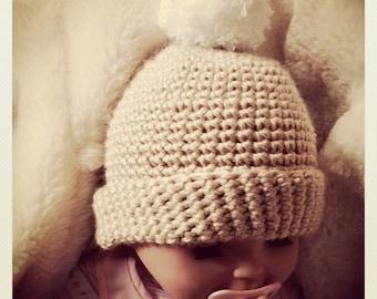 Cozy Crochet UGG STYLE boots booties beanie hat pom pom gift set cream/beige, grey NEWBORN