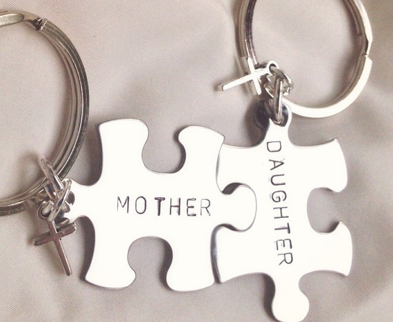 A Wedding Gift From Mother To Daughter Suggestions : Mother Daughter Gifts, Mother Daughter Keychain, Mothers Day Gift ...
