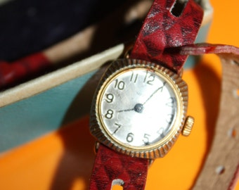 "Vintage - The smallest in the USSR wristwatch""Chaika""very rare 1960s-Mechanical Hand Watch-Freaking Dope-Running well and keeps correct time"
