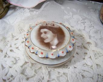 Royal Trinket Dish Queen Elizabeth Coalport Bone China