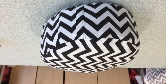 ottoman chevron noir et blanc rond pouf salon nursery room. Black Bedroom Furniture Sets. Home Design Ideas