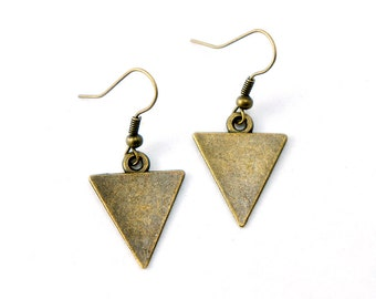 Antiqued Brass Triangle Dangle Earrings - Geometric Triangle Earrings Modern Minimalist - Bridesmaids Gifts Ideas - CP098