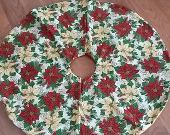 Poinsettias and Music Tree Skirt (small)