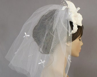 Flyaway Veil with Lily Flower Bridal Hair Accessory White Tulle Alternative Boho Chic Beach Wedding Handmade. OOAK