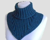 Men scarf, cowl, neck warmer, knit collar, soft, hand knit, unisex, women, Tweed cerulean