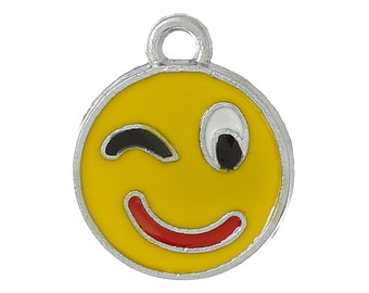 5 Silver Tone YELLOW Enamel WINKING Smiley FACE Charm Pendants  che0397
