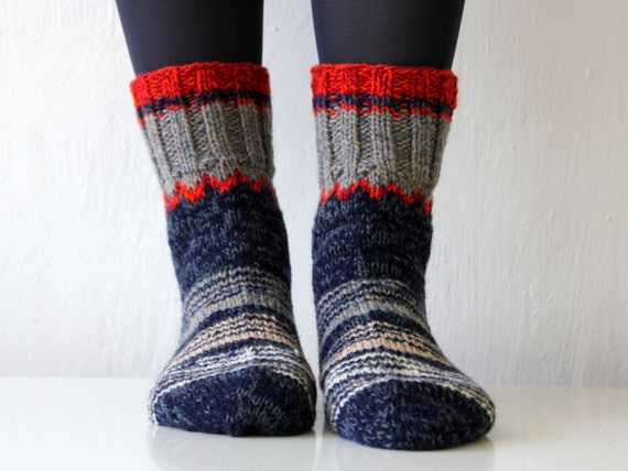 Beautiful Hand knit wool socks, size - medium, large, unisex, US size woman's 9 or men's 7.5