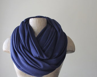 NAVY BLUE Scarf - Chunky Infinity Scarf - Oversized Circle Scarf - Textured Lightweight Knit - Winter Fashion Scarf