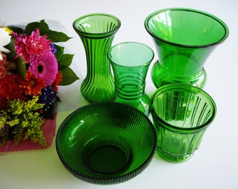 Vintage Emerald Green Glass Vase Collection Set of 5 Great for vintage wedding centerpieces, instant Collection