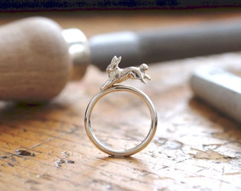 Ring hare silver