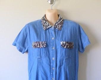 90s Denim Shirt Soft Grunge Leopard 1990s Button Down / Rockabilly Clueless Denim Button Up / Jeans Shirt /   / S M