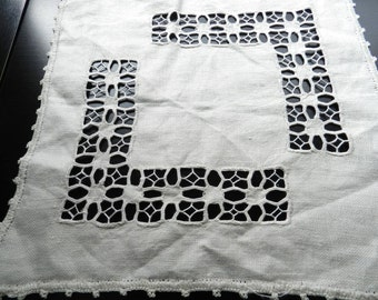 Vintage Biege Linen Cutwork Square Placemats Geometric L Shaped Design Set of 2