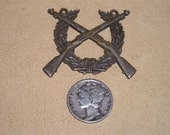 Vintage Bottom Half Of Military Qualification Badge US Army Cross Rifle And Wreath Circa 1930 Jewelry 2282