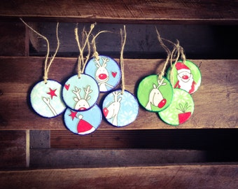 Christmas Ornaments, Santa Claus Ornaments or Gift Tags, Deer Ornaments, Circle shaped, Stocking fillers, Xmas Decor