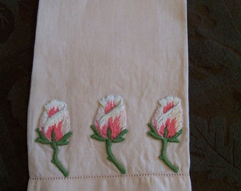 Rosebud Fingertip Towel Decorative Pink Guest Towel