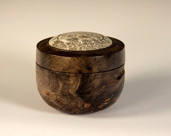 Buckeye Wood Turning Treasure Keepsake box