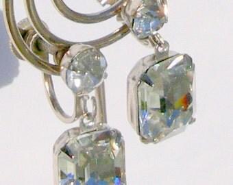 screw backs glass  dangle earrings