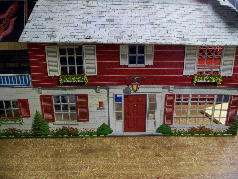 Vintage Metal Doll House 67