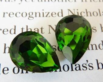 2 glass jewels, 14x10mm, olive green, olivine, pear
