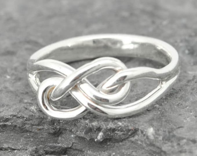 Best friend Ring, Infinity Ring, Maid of honor Gift, Knot, Promise, Personalized, Friendship, Sisters Ring, Mother Daughter, Bridesmaid Gift