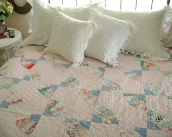 "Vintage Hand Stitched Patchwork Fan Quilt - 68"" x 80"" - Sweet 1930s Era - Twin, Full or Queen Coverlet"