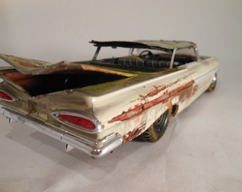 Junker,Scale Model Car ,Chevy Impala, Classicwrecks, TAN AND GREEN