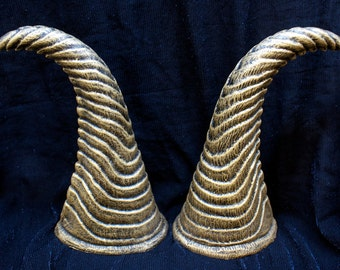 Horns - Ribbed Fantasy Style